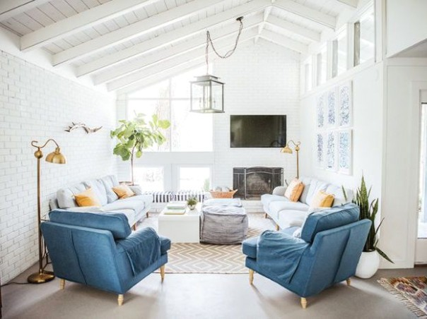 12 Stylish Family Room Décor Ideas and Inspiration | living room or family room