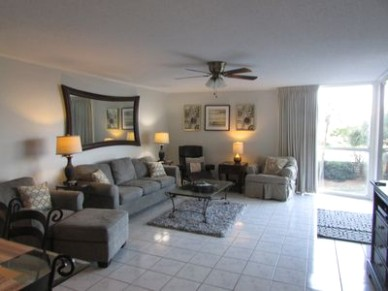 BEACHSIDE and INCLUDES 221 CHAIRS and 21 UMBRELLA DAILY - Miramar Beach - living room 2 chairs | living room 2 chairs