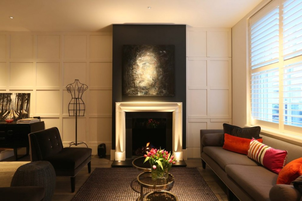 Clever lighting tricks that make your home beautiful | Yes Please - living room uplighting | living room uplighting