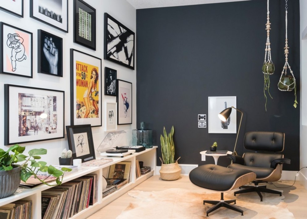 Easy-As-Hell Home Décor: How To Make A Gallery Wall For $9 Less - living room gallery wall | living room gallery wall