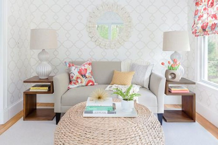 How To Design And Lay Out A Small Living Room - living room 10x10 | living room 10x10
