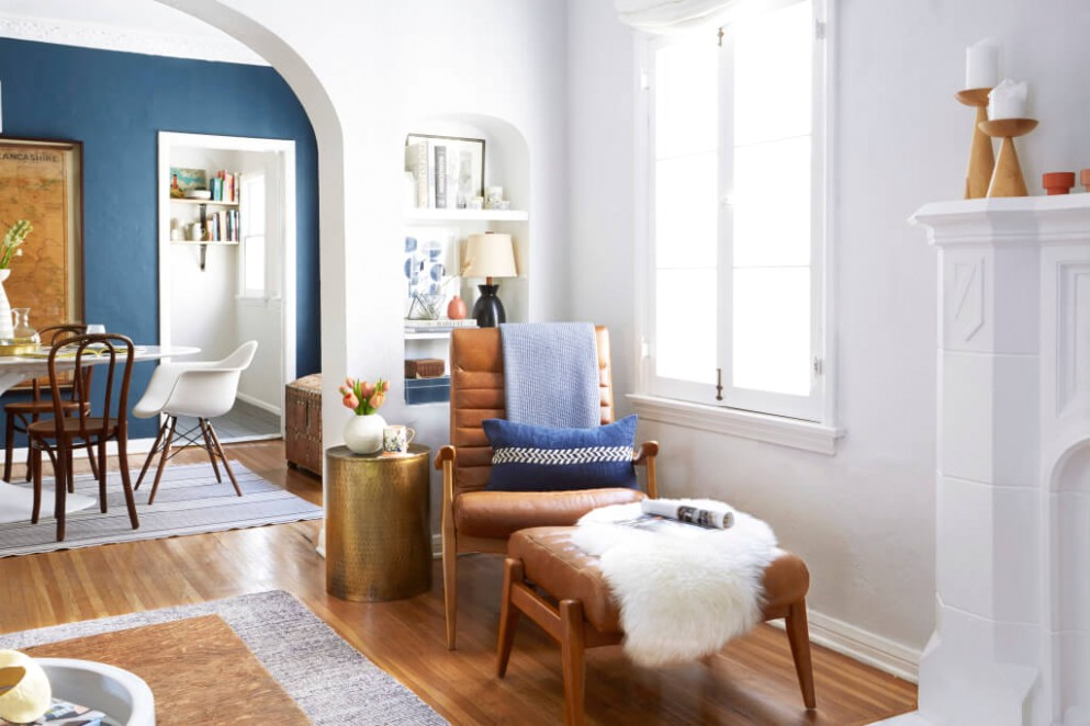 How To Style A Reading Nook - Emily Henderson - living room nook | living room nook