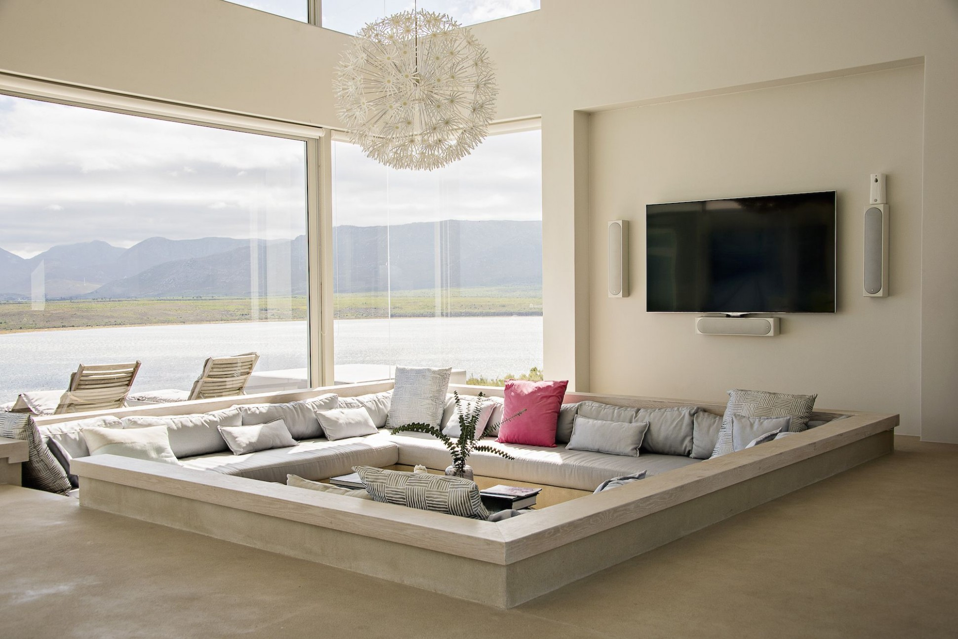 Living Room Vs Family Room - Difference Between Living Room And .. | living room or family room