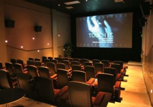 Pamplin Media Group - Living Room Theaters says unhappy Regal ... | living room theater