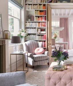 Reading nook ideas: 18 inspiring spots for book lovers | Real Homes | living room nook