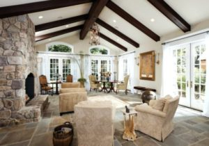 14 Charming Living Room Designs With Vaulted Ceiling – living room vaulted ceiling