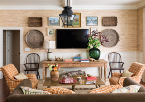 9 Gallery Wall Ideas – How to Make a Gallery Wall – living room gallery wall